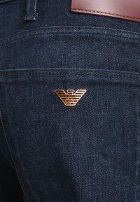 Emporio Armani - POCKETS PANT - Slim fit jeans - dark-blue denim - 6