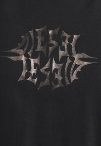 Diesel - Print T-shirt - black - 5