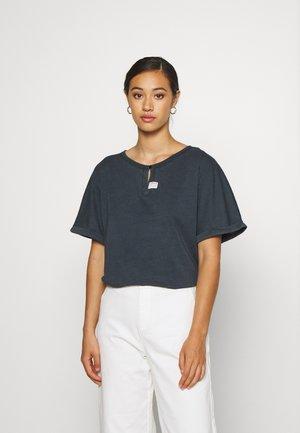 JOOSA ROUND SHORT SLEEVE - Basic T-shirt - black