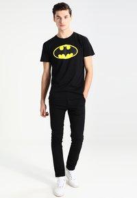 Mister Tee - BATMAN - Print T-shirt - black - 1