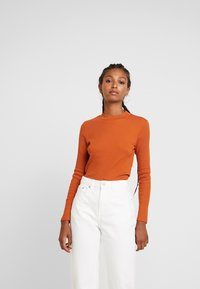 Monki - SAMINA - Langærmede T-shirts - orange dark solid - 0