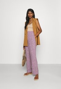Moves - PYNNE  - Trousers - lilac breeze - 1