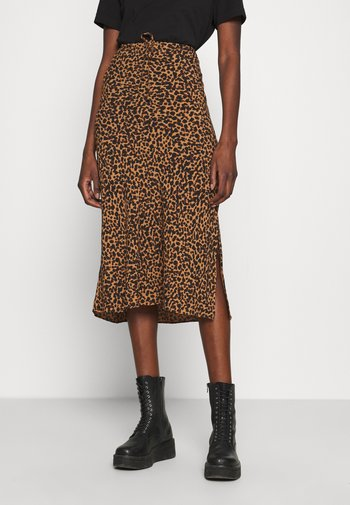 PULL ON MIDI SKIRT SLIT IN LEOPARD