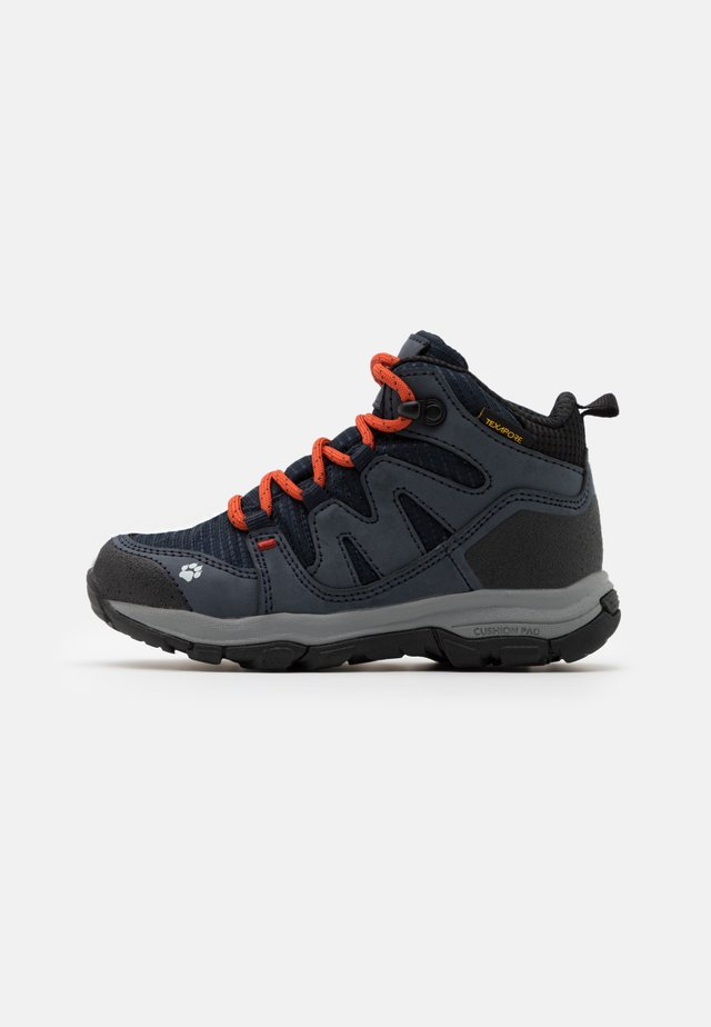 MTN ATTACK 3 TEXAPORE MID UNISEX - Chaussures de marche - dark blue/orange