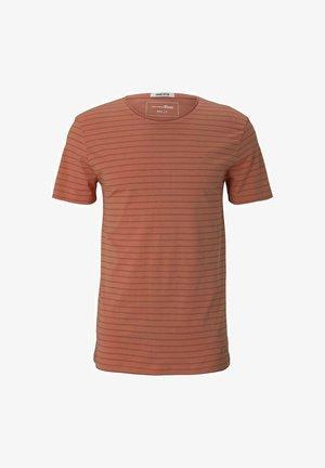 T-shirt print - lobster ornage tonal stripe