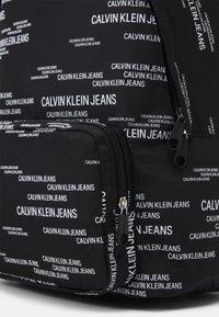 Calvin Klein Jeans - CAMPUS URBAN UNISEX - Batoh - black - 3