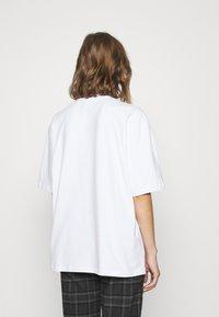 adidas Originals - TEE - T-shirts basic - white - 2