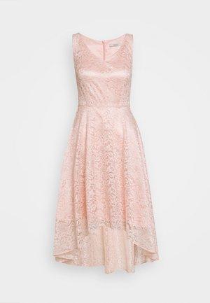 Sukienka koktajlowa - light rose