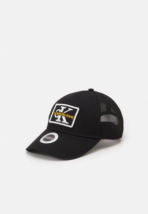MONO EMBRO PATCHTRUCKER UNISEX - Cappellino - black