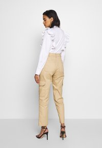 Who What Wear - THE UTILITYPANT - Trousers - sand - 2
