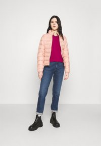 ONLY - ONLSANDIE QUILTED JACKET  - Light jacket - misty rose - 1