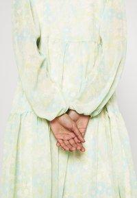 Selected Femme - SLFGEORGIA DRESS - Maxi dress - young wheat - 3