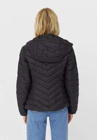 Stradivarius - Light jacket - black - 2