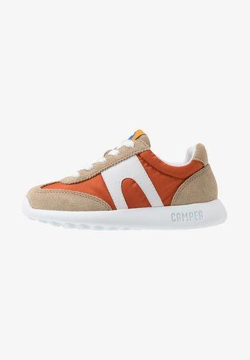 DRIFTIE - Trainers - beige/orange