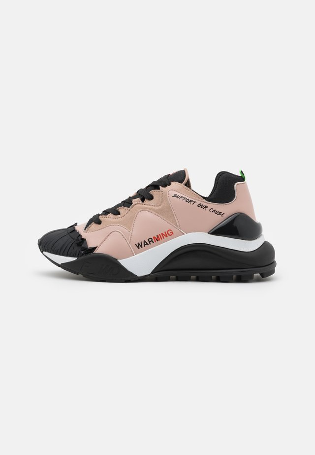 Sneakers basse - black/nude/green