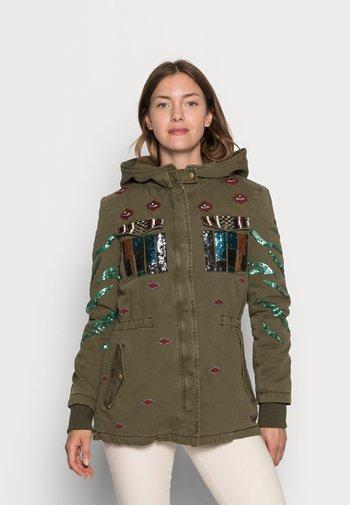 FLIX - Light jacket - green