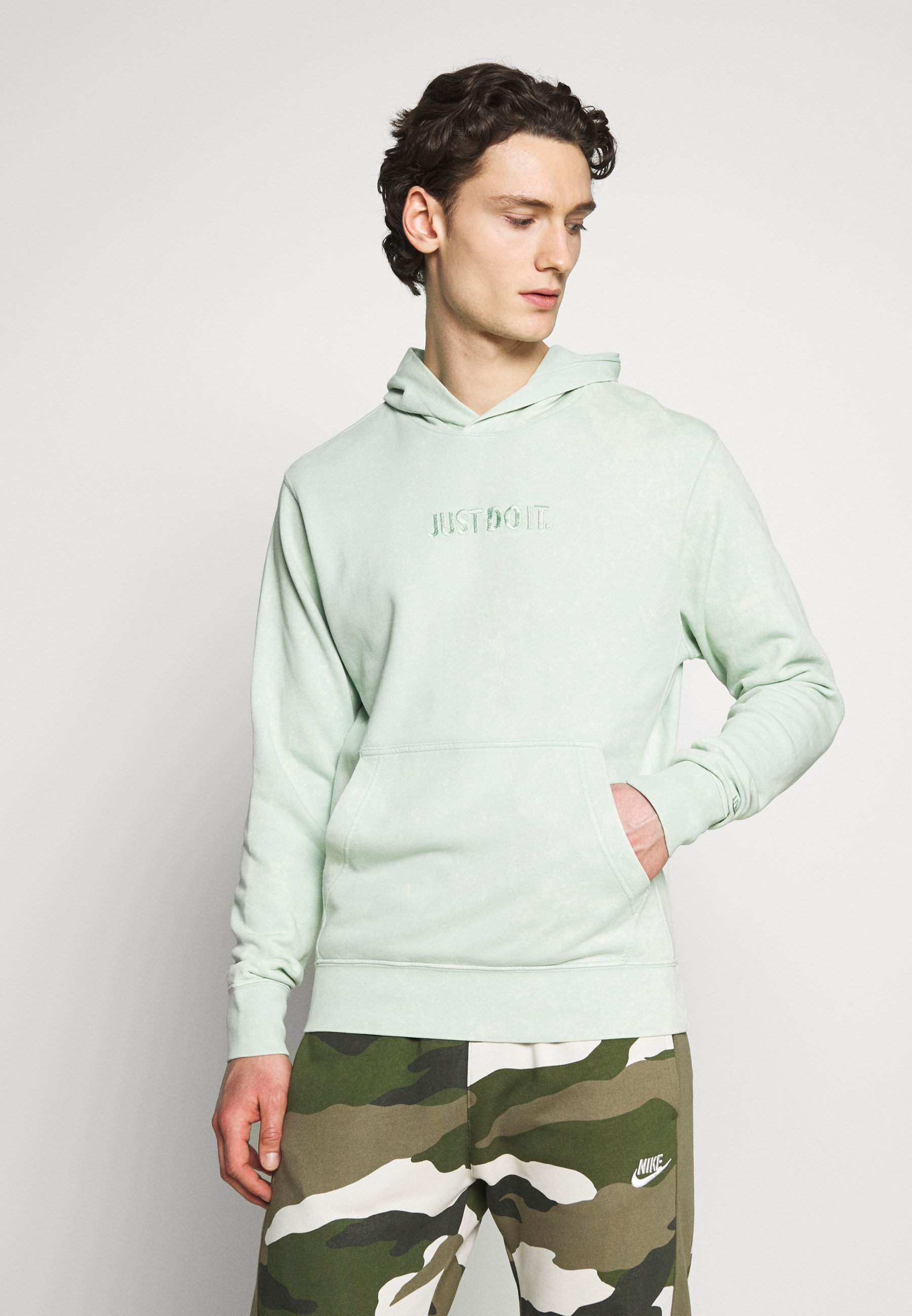 Fashion Style Explore Men's Clothing Nike Sportswear HOODIE WASH Hoodie pistachio frost UPLAi9ju8 dxcYJCbmz