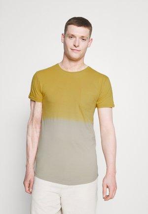 CLIFF - Jednoduché triko - mustard