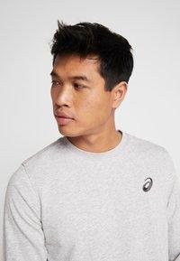 ASICS - CHEST LOGO CREW - Sweatshirt - mid grey heather - 3