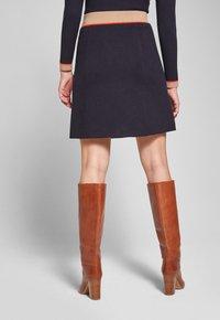JOOP! Jeans - KAIT - A-line skirt - navy/beige/orange - 2