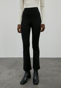 EDITED - BRIDGET - Trousers - schwarz - 1