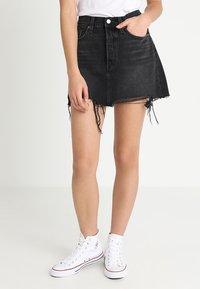 Levi's® - DECONSTRUCTED SKIRT - Denim skirt - black denim - 0
