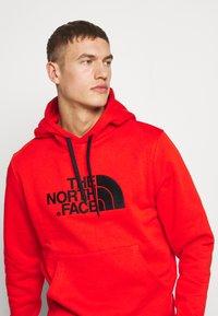 The North Face - DREW PEAK HOODIE - Bluza z kapturem - salsa red - 3