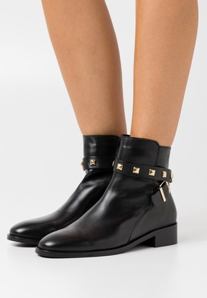 BIADAJA BOOT - Bottines - black