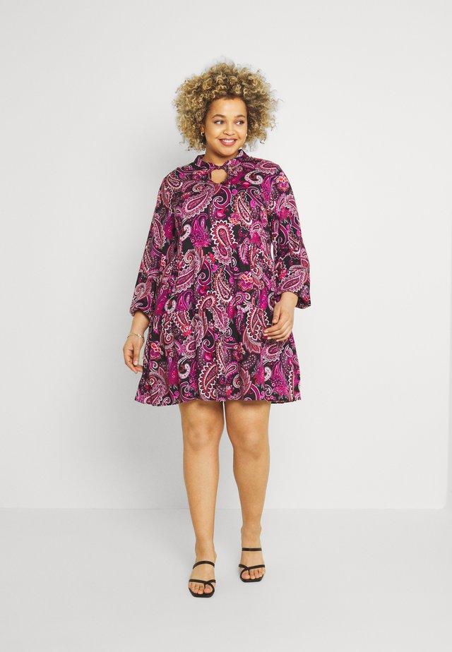PAISLEY SMOCK DRESS - Vestido informal - black