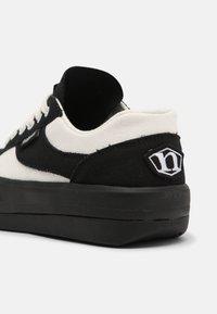 NORTHWAVE - ESPRESSO UNISEX - Trainers - black/white - 4