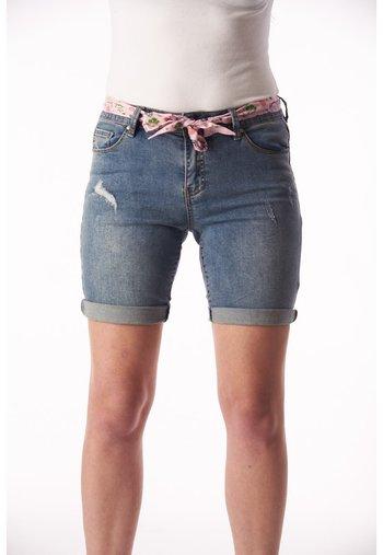 PAULINA STRETCH - Denim shorts - blue
