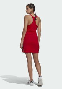 adidas Originals - RACER DRESS - Robe en jersey - scarlet - 2