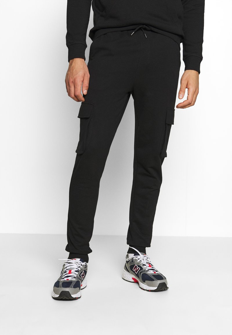 Only & Sons - ONSKIAN KENDRICK PANT - Cargo trousers - black