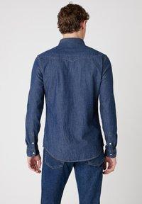 Wrangler - LS WESTERN - Overhemd - dark stone - 2