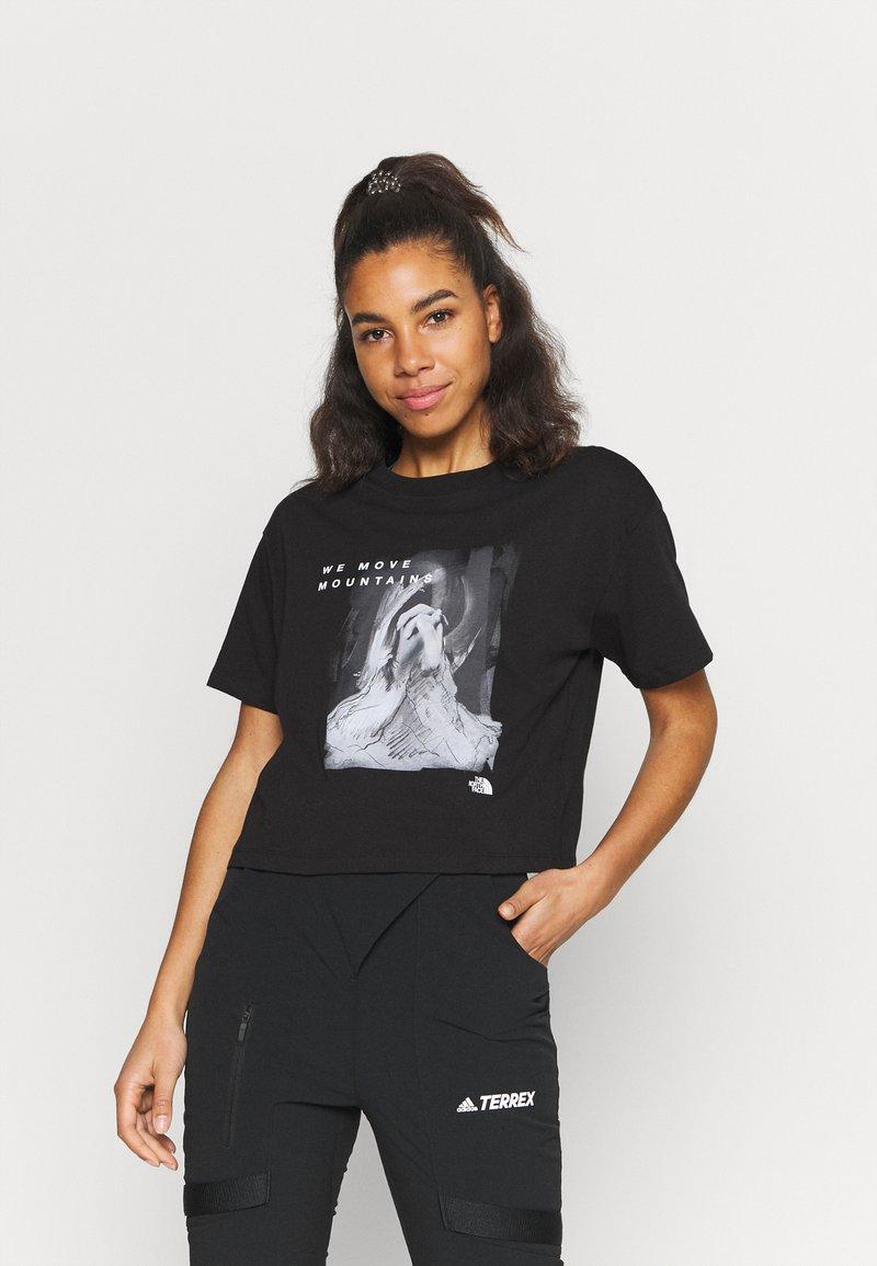 The North Face - CROP TEE - Camiseta estampada - black