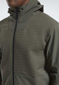 Reebok - THERMOWARM DELTAPEAK FULL-ZIP CONTROL - Zip-up hoodie - green - 5