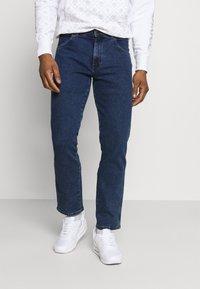 Wrangler - TEXAS - Jeans straight leg - blast blue - 0