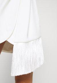 Forever New - ASSYMETRIC MINI - Vestito elegante - porcelain - 5