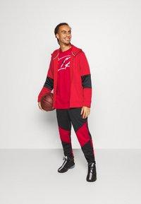 Jordan - AIR THERMA FULL ZIP - Forro polar - gym red/black - 1