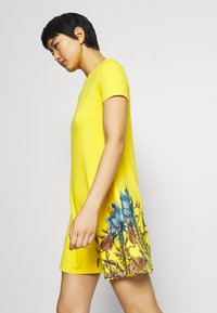 Desigual - LAS VEGAS - Jersey dress - yellow - 3