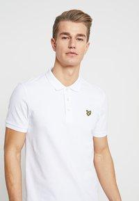 Lyle & Scott - SLIM FIT - Poloshirt - white - 3