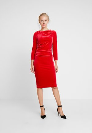 NISAS DRESS - Cocktailjurk - real red