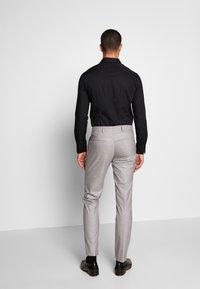 Bertoni - DREJER JEPSEN SUIT - Suit - light grey - 5