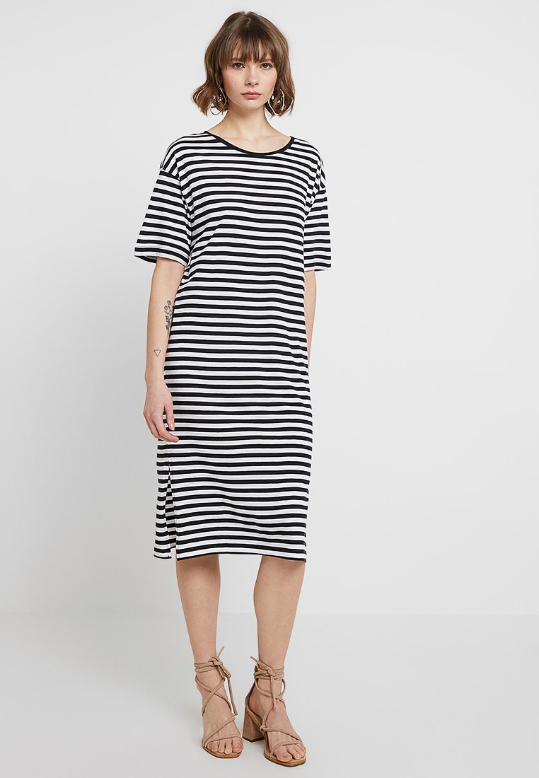 Mujer NMMAYDEN 2/4 DRESS NOOS - Vestido informal