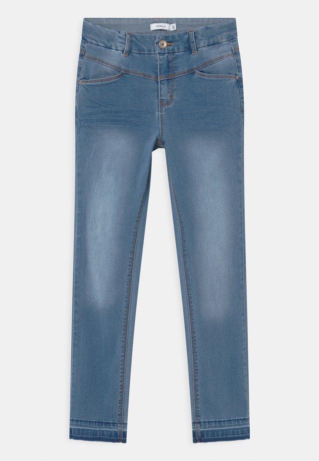 NKFSALLI  - Jeans Skinny Fit - medium blue denim