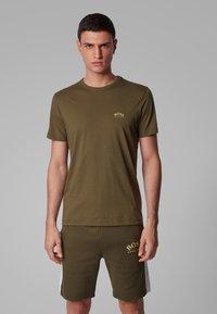 BOSS - T-shirt basique - dark green - 2