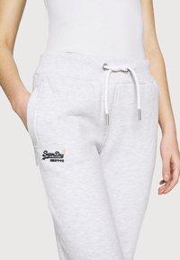 Superdry - ORANGE LABEL  - Pantalon de survêtement - ice marl - 5