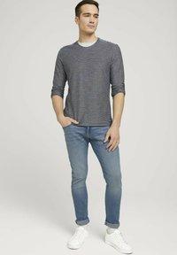 TOM TAILOR - Long sleeved top - dark blue - 1