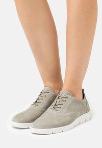 ECCO - BELLA - Chaussures à lacets - vetiver - 0