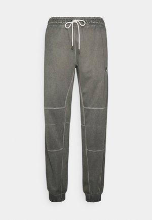 PANT WASH REVIVAL - Pantaloni sportivi - black